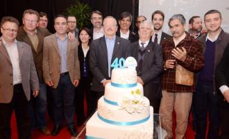 Prefeito e governador prestigiam evento dos 40 anos da Cosulati