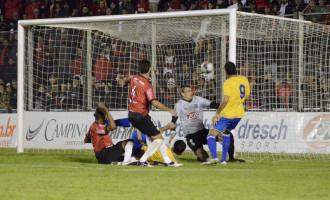 Lobão atropela Xavante e ganha primeiro turno