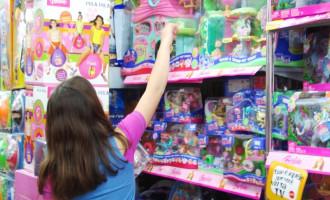 Procon ensina escolha de brinquedos e jogos seguros às crianças