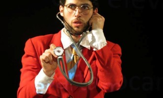 """Espetáculo """"V ao Cubo"""" é atração teatral deste domingo"""