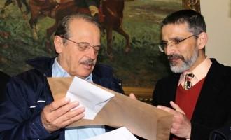 Vereador Antônio Peres encaminha pedido para regularização de Loteamento ao governador Tarso