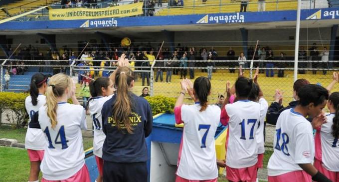 Futebol Feminino: O sonho das lobas é adiado