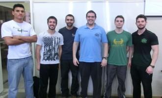 Alunos da Esef participam de evento científico em São Paulo