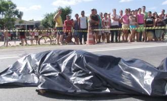 TRÂNSITO: Pedestre morre após ser atropelada