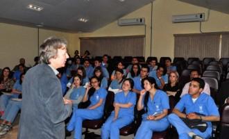 Acadêmicos Colombianos conhecem estrutura da UFPel