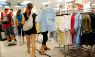 COMÉRCIO : Confiança dos empresários sobe 13,7% no mês de março