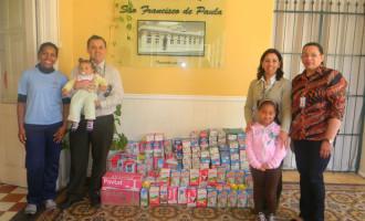 Unimed Pelotas entrega leite integral a entidades