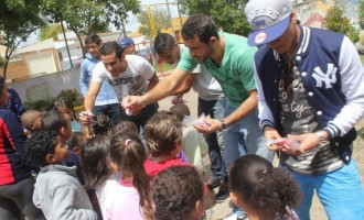 Jogadores do Pelotas visitam crianças carentes