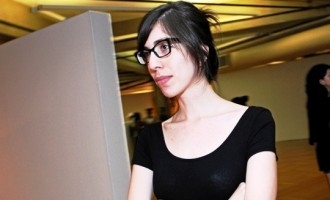 """Marina Camargo no espaço """"A SALA"""" do CEARTES"""