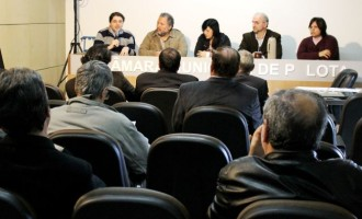 Vereadores querem negociar decisão de mudança de local da Feira do Livro