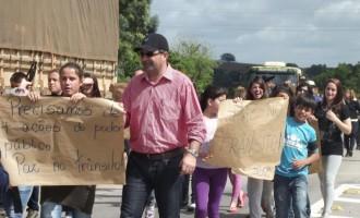 Mortes e insegurança geram protesto e interdição na BR-392