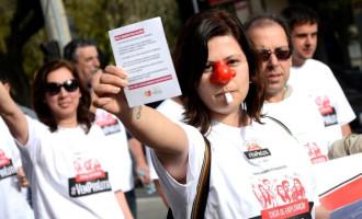 Greve: Bancários protestam em caminhada