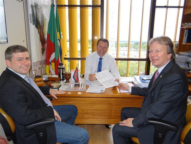 Mauro Del Pino com o deputado Afonso Hamm