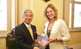 Cônsul do Japão visita vice-prefeita