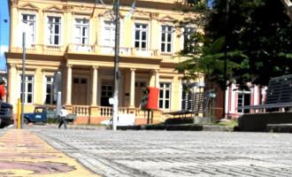 Em função de reforma, Paço Municipal atende em regime de plantão nesta Quinta