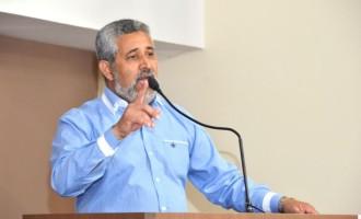 Vereador Sizenando critica diferença na liberação de alvarás para estabelecimentos comerciais