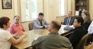 Diretor e assessora visitaram a reitoria da UCPel - Foto Wilson Lima