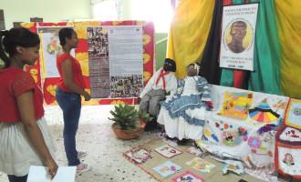 Mostra do Núcleo de Estudos Afrobrasileiros e Indígenas