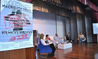Proposta de redução da maioridade penal é rechaçada em evento apoiado pela UCPel
