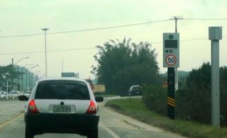 AV. JOÃO GOULART: Controladores de velocidade já operam