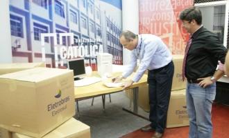 TV UCPel recebe doação da Eletrosul