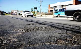 Prefeitura pede reparos para a Ferreira Viana