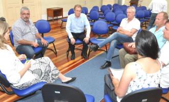 Jardim de Alah: problemas na drenagem foram pauta de reunião
