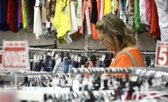 Pesquisa mostra que a intenção de consumo das famílias gaúchas está  menor que ano passado
