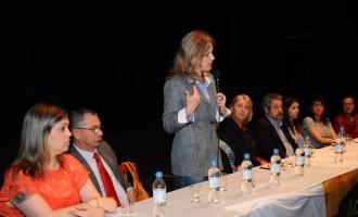 Paula participa de Seminário Estadual de Educação