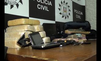 Polícia apreende oito quilos de drogas e prende quatro pessoas