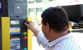 TRÂNSITO : Parquímetro tira clientes dos estacionamentos particulares