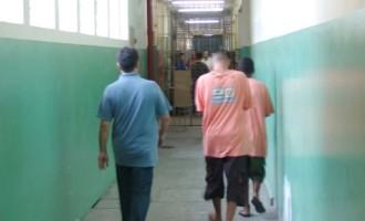 Detentos aguardam liberação pelo Indulto
