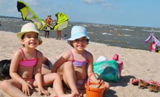 Pais devem reforçar cuidados com os filhos durante o verão