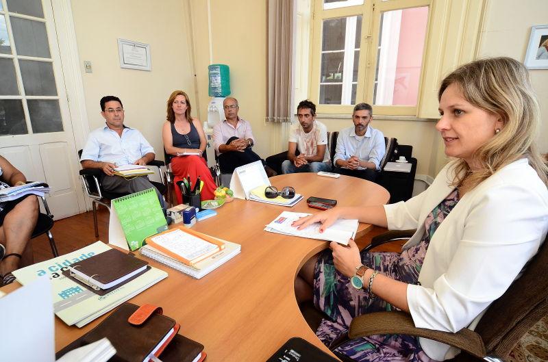 Paula em reunião com membros da Secult e da Ascom
