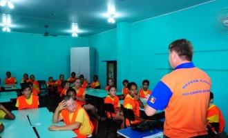 Guardas mirins recebem treinamento sobre Defesa Civil