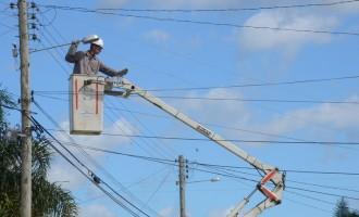Mais de dois mil pontos de iluminação são recuperados em janeiro