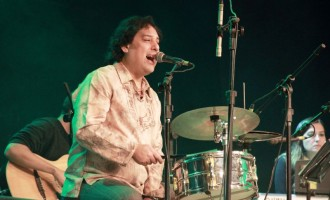 """Instrumentista e """"cantautor"""" Lyber Bermudez está radicado em Pelotas"""
