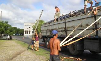 Começa a montagem da Passarela e Cidade do Samba