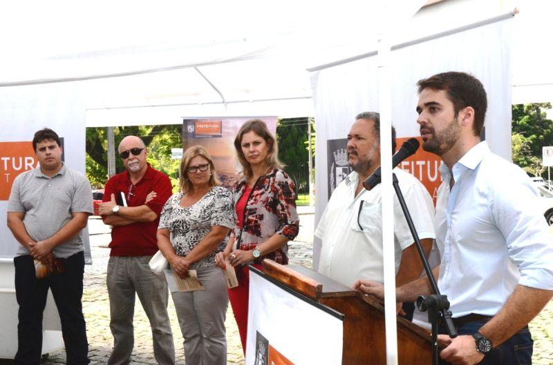 Eduardo esteve presente na cerimônia de abertura do evento