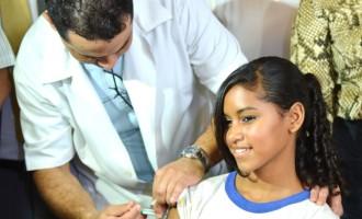 Campanha de vacinação contra o HPV começa nesta Segunda