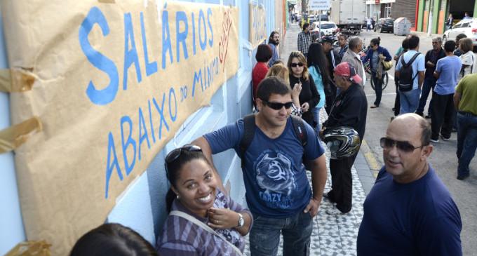 PARALISAÇÃO : Funcionários do Sanep pedem reajuste salarial