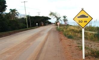 Ministro recebe projeto para pavimentar avenida na Colônia Z-3