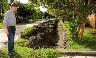 Laranjal: Sosu intensifica serviços de drenagem na praia
