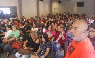 MUNICIPÁRIOS : Servidores municipais iniciam mobilização com paralisação
