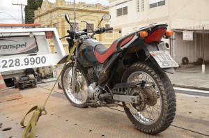 MOTO usada pelos assaltantes era furtada Fotos de Alisson Assumpção/DM