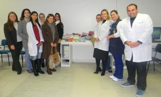 Unimed Pelotas entrega doações à Pediatria do HU