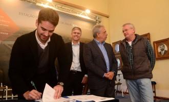 ETA São Gonçalo: contrato é assinado no Salão Nobre
