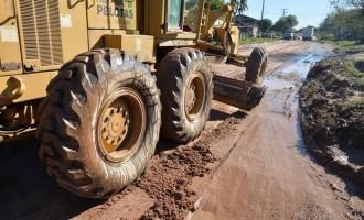 Prefeitura recupera ruas no Fragata, Três Vendas e Areal