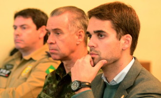 Prefeito conduz encontro do GGI-M sobre segurança pública