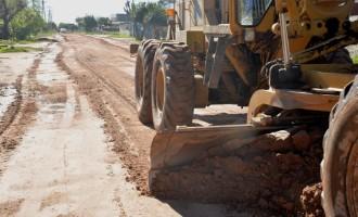 Prefeitura recupera vias não pavimentadas
